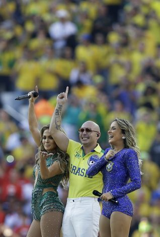 US singer Jennifer Lopez, left, rapper Pitbull and Brazilian singer Claudia Leitte