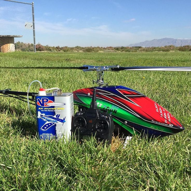 Out doing some nitro flying today  @aligncorporation  @vpracingfuels  #trex800 #dfc #alignhelicopter #rchelicopter #helicopter #modelhelicopter #rc #3d #airplane #drone #rcdrone #rccar #rcgroups #rcpilot #rcheli #500L #550L #dominator #airwolf #guns #fpvracer #quadracing #250fpv #thunderpower #dx9se #trex700 #trex450 by alanszabojr
