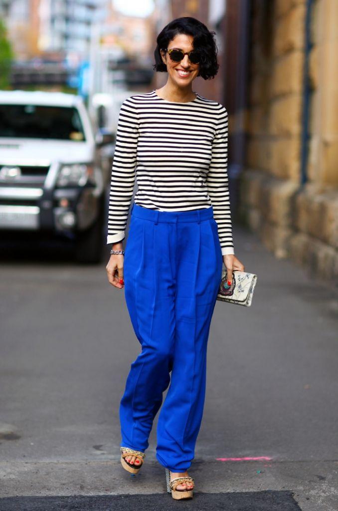 Stilikone: Yasmin Sewell | Journelles  striped shirt, bright blue pants