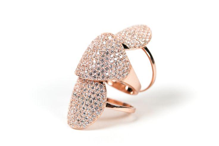 ring in silver e zircons www.airoldifashion.com