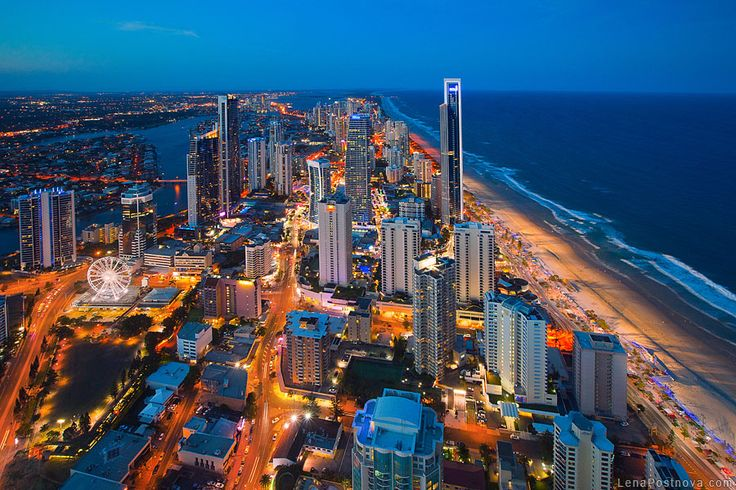 Want the coolest night out with the kids? Start the night at the Skypoint Climb in the #GoldCoast and spend a few hours gazing at the awesome view. Afterwards visit any of the restaurants of our many #hotels for the most delicious food in #Australia!