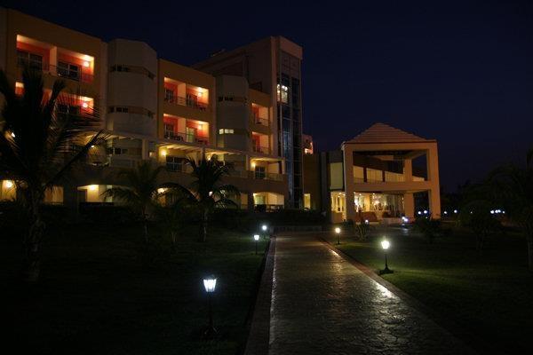 Palma Real - Varadero (nighttime)