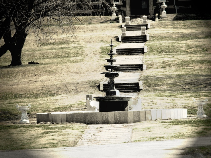 the fountain at Odd Fellows Insane Asylum in Liberty Missouri