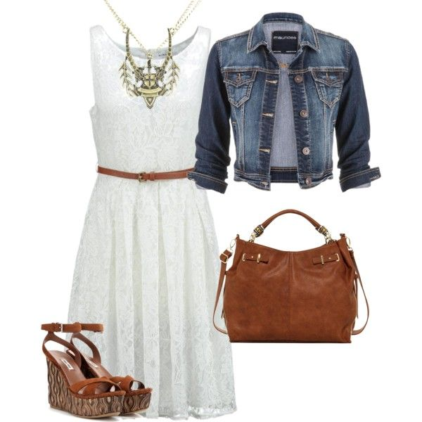A fun way to accessorize a summeroutfit with statement jewelry! the statement necklace gives this outfit a stylish glow