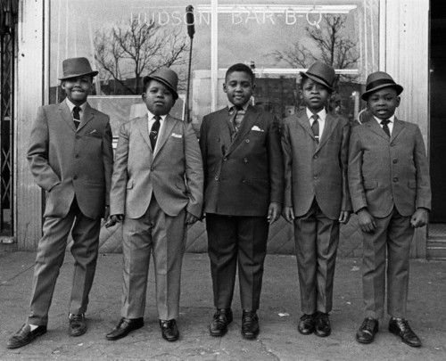 Your grandfathers had it going on, and the one on the far left had attitude to spare. Sunday's best – Harlem, 1982  -- via:aconversationoncool | The Angry Black Woman