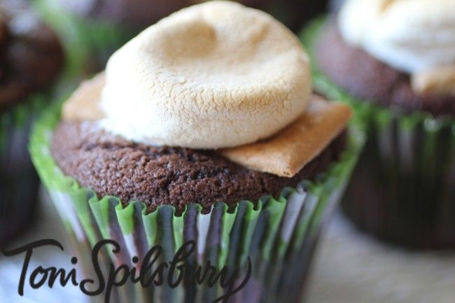 For a quick and easy icing alternative, place a marshmallow on top of cup cakes with 5 minutes left of cooking time.