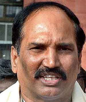 TRS failed on all fronts: Uttam Read complete story click here http://www.thehansindia.com/posts/index/2015-03-16/TRS-failed-on-all-fronts-Uttam-137658