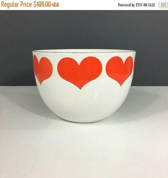 ON SALE Arabia Finland Finel Heart Bowl Large by OwliceandStone