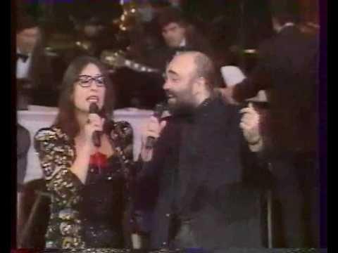 Nana Mouskouri & Demis Roussos - Ximeroni - Live