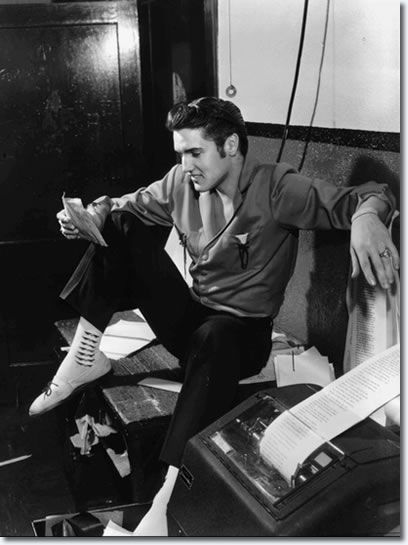 elvis presley and the generation of the 1950s Elvis presley singer, songwriter, guitarist for the record compositions selected discography films sources admired as one of the most successful recording.