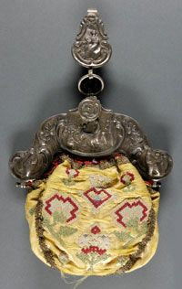 Woman's Purse, made in United States, 1790, Dutch, yellow satin on silver frame.