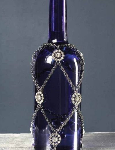 Get crafty with a Beaded Wine Bottle Drape -- a fun home decor or gift idea!