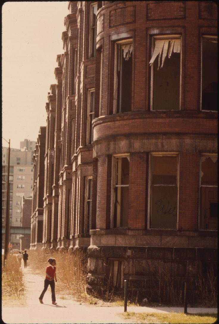 Empty Housing In The Ghetto On Chicago's South Side Structures Such As This Have Been Systematically Vacated As A Result Of Fires, Vandalism Or Failure By Owners To Provide Basic Tenant Services, 05/1973 U.S. National Archives' Local Identifier: 412-DA-13712   Photographer: White, John H, 1945-