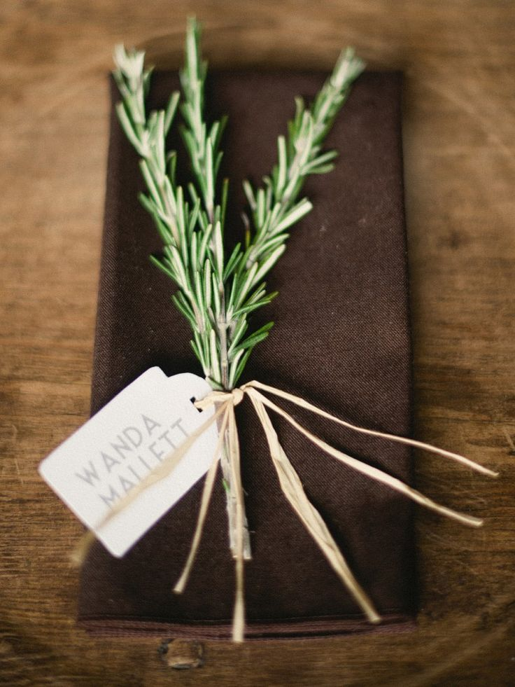 Rosemary place cards. Wedding coordination and design by www.thedazzlingdetails.com