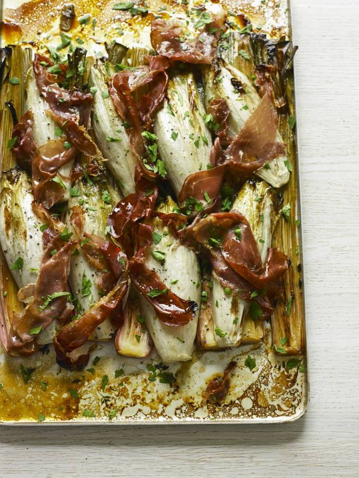 How to cook leek, chicory and Parma ham bake