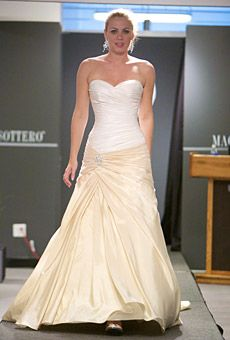 51 best lemon yellow wedding inspiration images on pinterest teaming a white bodice with a lemon yellow skirt looks modern and sophisticated on this wedding junglespirit Choice Image