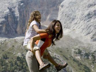 """I Dolomiti Ranger nei parchi naturali dell'Alta Pusteria - """"Il mondo delle pietre"""" http://www.suedtirol.info/it/Localita-e-temi/Famiglia/artikel/9c65f601-5c84-4569-bc72-828eeba8ff11/I-Dolomiti-Ranger-nei-parchi-naturali-dellAlta-Pusteria---Il-mondo-delle-pietre.html"""