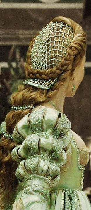 The Borgia's Theatrical Costume. I would LOVE to have a head of hair like this so I could fix it like this