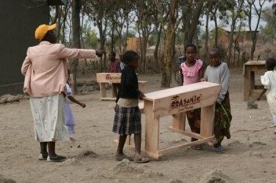 Asante Africa Foundation Provides Desks for Kids in East Africa