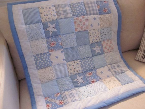 Shabby Chic Baby patchwork cot quilt                                                                                                                                                                                 Más