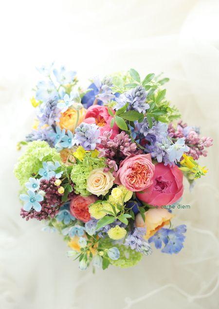 ひらまつレゼルヴ様へのミックスカラーのブーケ、先日の装花と お揃いです。 http://ichiecarpe.exblog.jp/22725231...