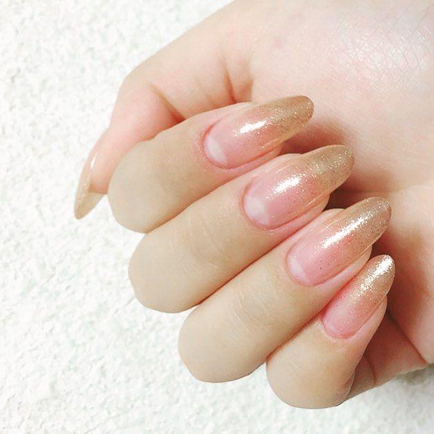 pink gold glitter ✨・ ・ #セルフネイル #ジェルネイル #簡単ネイル #ラメグラデーションネイル #ピンクゴールド #時短ネイル #オフィスネイル #シンプルネイル