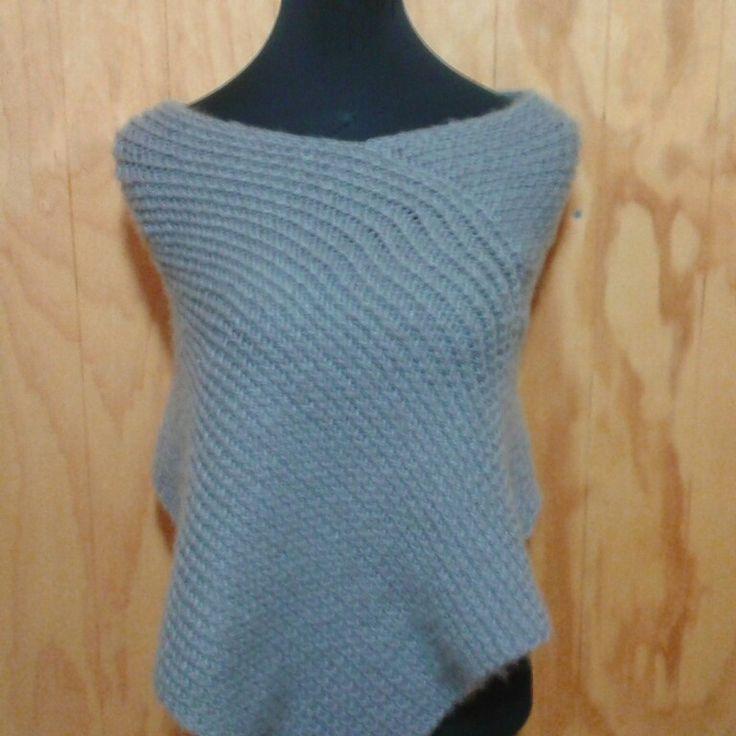 Poncho en lana y telar rectangular