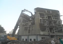 Demolition Contractor Company for Demolition Services, Demolition Contract for demolition of buildings, plant structure house demolition and dismantling.