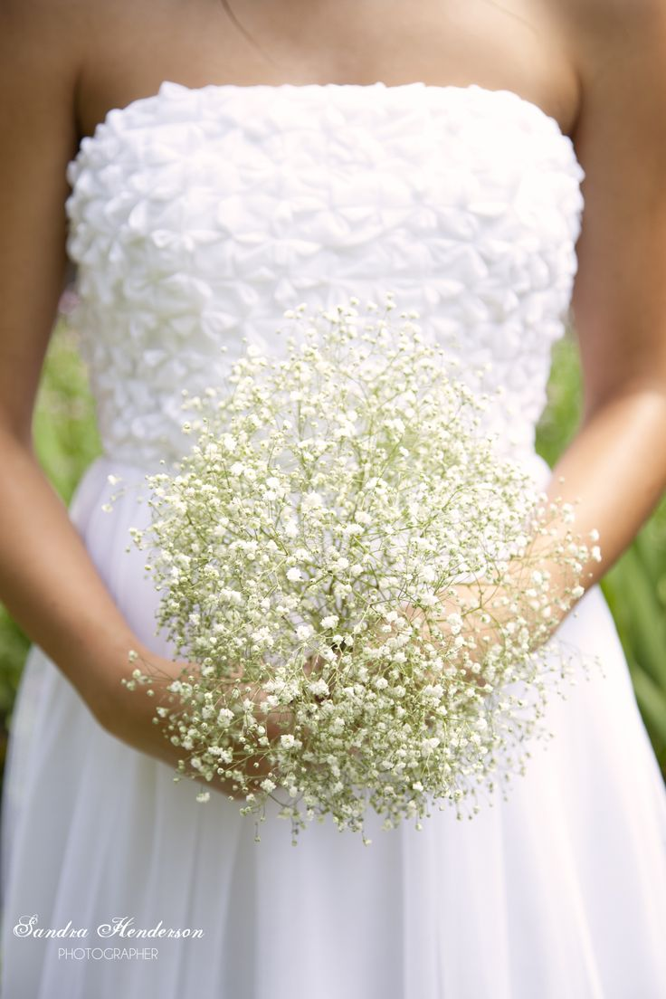Belle Gown | Liah Roebuck Bridal 2014. https://www.facebook.com/LiahRoebuckBridal  Sandra Henderson Photography, Flowers: Petal & Prickle.