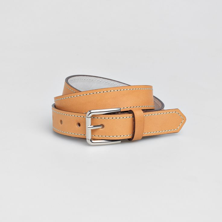 TheBétaVersion Ludvig leather belt with decorative pastel blue stitching