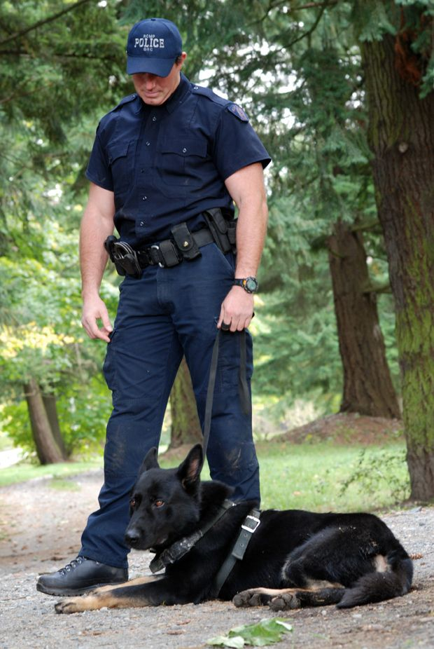 Cargo, a police dog with an extraordinary six-year career, died Monday.