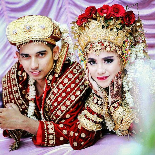 38-robes-de-mariees-traditionnelles-du-monde-entier-26-Palembang (Indonésie)