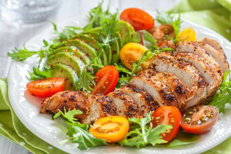 Ketojenik diyet diğer adıyla ketojenik beslenme, kanser hücrelerini yavaşlatan, alzheimer, epilepsi hastalarına iyi gelen, sağlıklı kilo verdiren bir diyet.