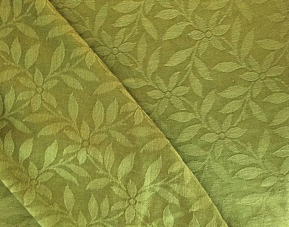 Hey, I found this really awesome Etsy listing at https://www.etsy.com/listing/560037664/damask-woven-extra-large-tablecloth
