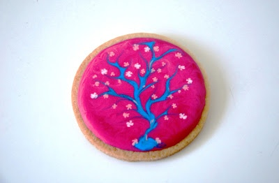 Restjes icing opmaken, kersenbloesem koekjes Left-over icing, cherry blossom cookies