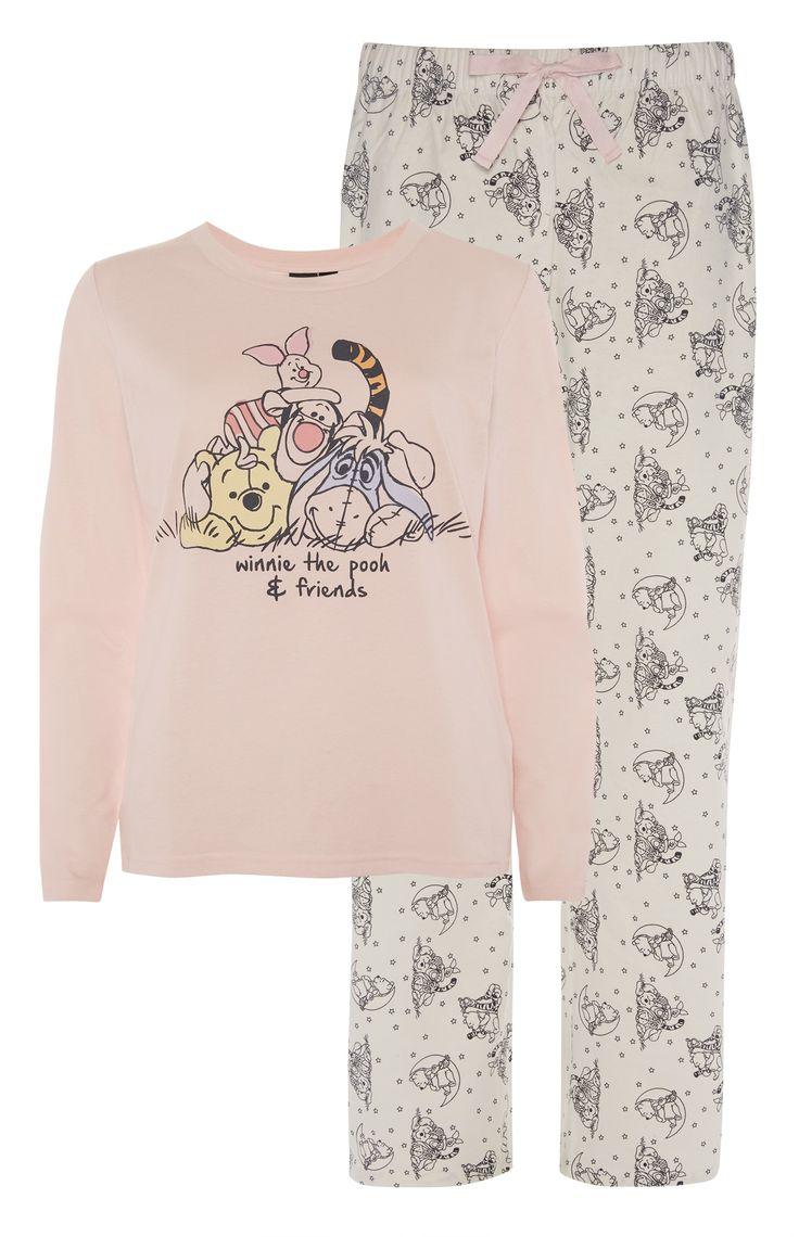 Pyjamaset Winnie The Pooh and Friends from Primark (€13,00) - Lingerie, Sleepwear & Loungewear - http://amzn.to/2ieOApL