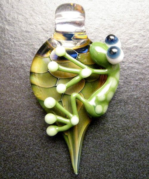 Frog pendant glass lampwork jewelry pendant focal by Boomwire