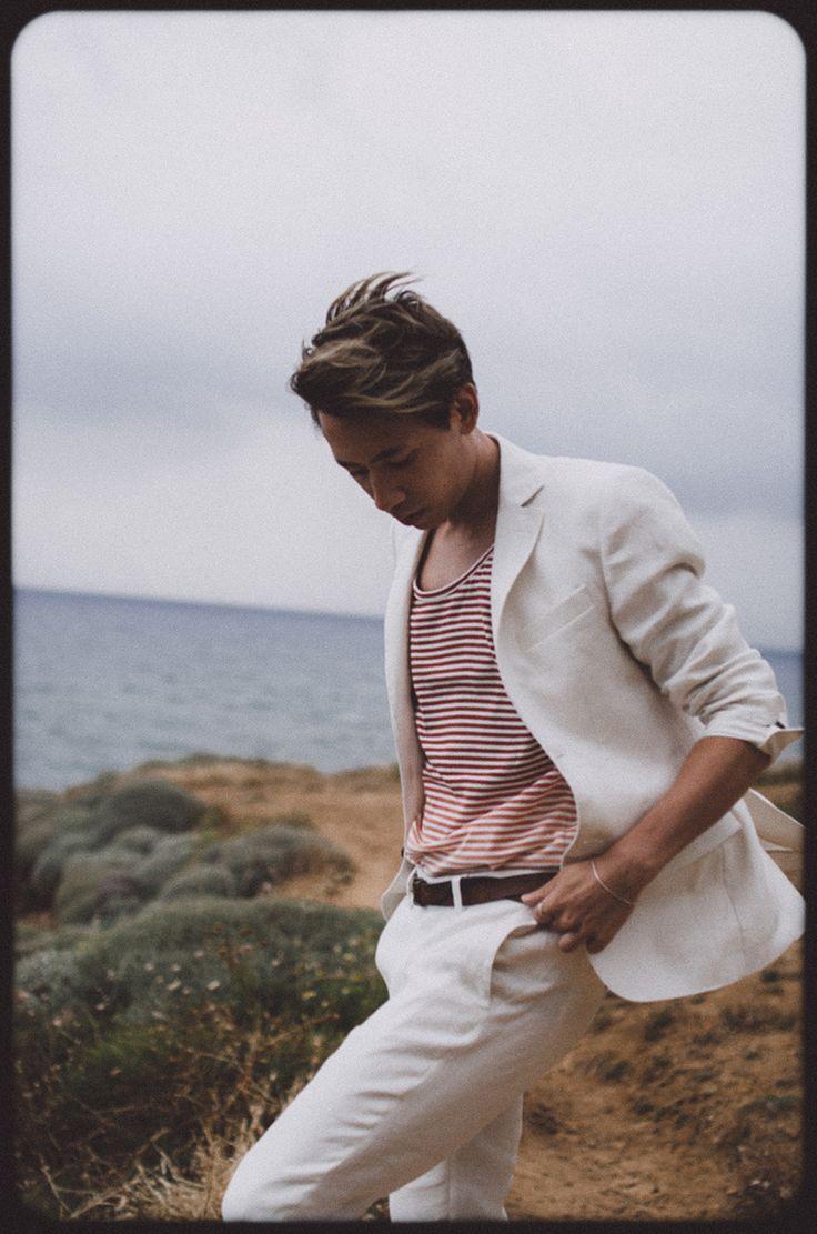 Lexington-Company-white-linen-Suit-Frank-lin