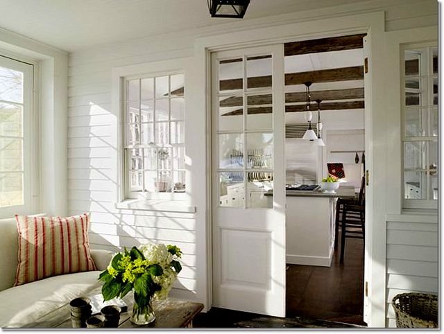Would love a small room off my kitchen like this.