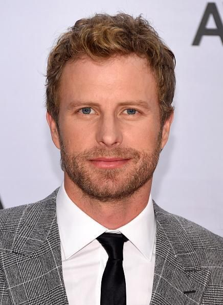Dierks Bentley....that's some sexy right there!