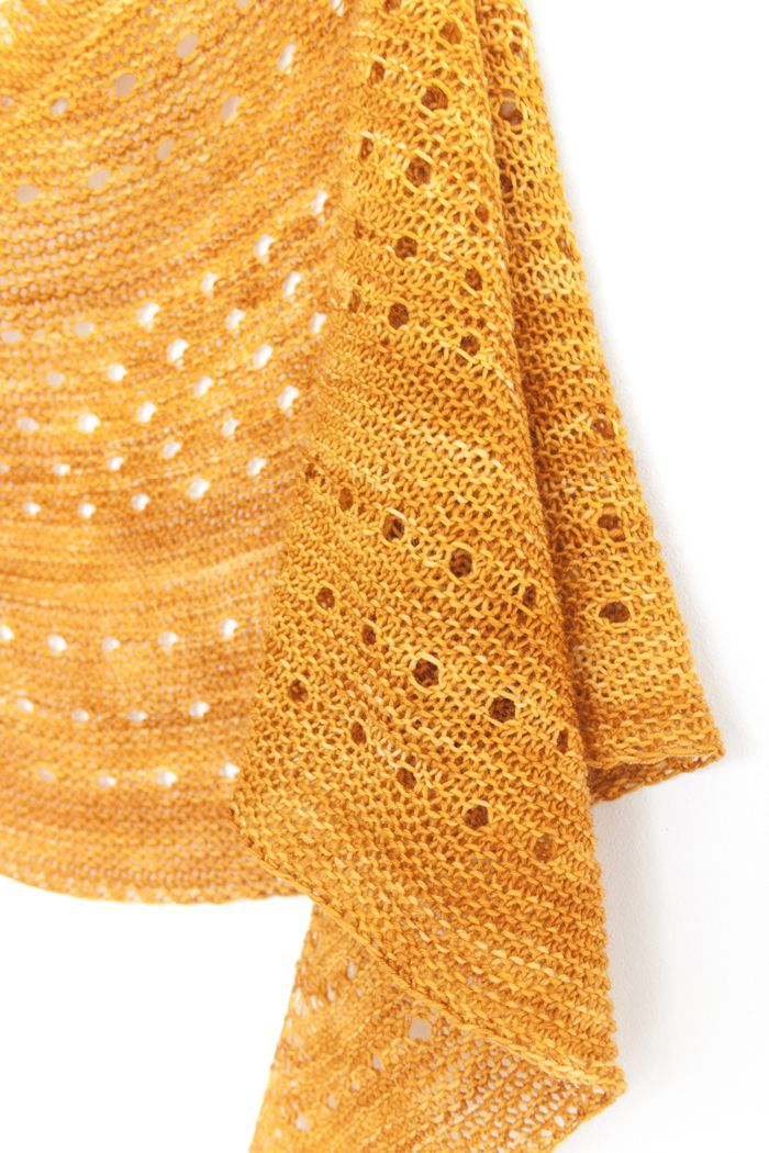 Ravelry: Melodia shawl with Knitlob's Lair Väinämöinen - knitting pattern by Janina Kallio.