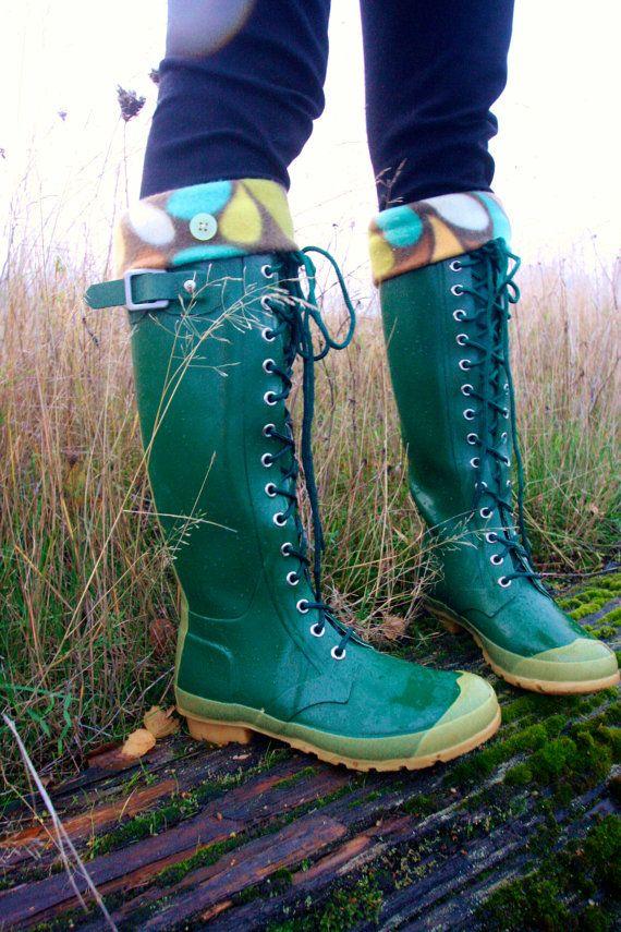 Boot Cuffs, SLUGS Fleece Rain Boot Liners Brown With A Retro Rain Drop Cuff, Winter Fashion, Wellington Boot Socks (Med/Lg 9-11 Boot) sur Etsy