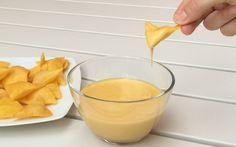 La crema de queso vegana tiene casi el mismo sabor que el queso. Pero es una receta vegana, sin leche ni huevo.