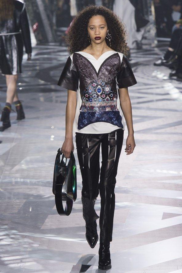Louis Vuitton AW16-17