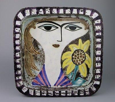 Mari Simmulson - FACE PLATE
