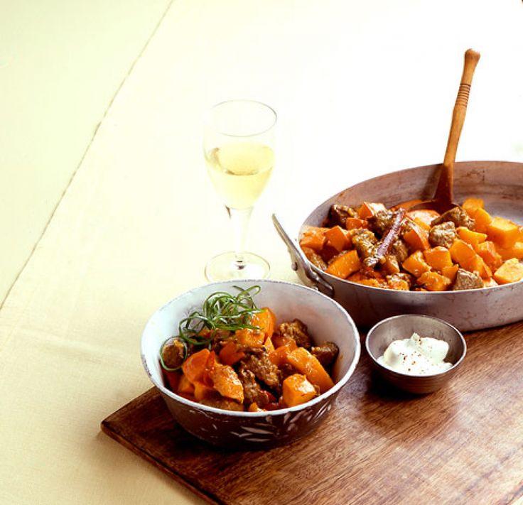 Rezept für Kürbis-Lamm-Topf bei Essen und Trinken. Ein Rezept für 4 Personen. Und weitere Rezepte in den Kategorien Gemüse, Lamm, Hauptspeise, Suppen / Eintöpfe, Braten, Kochen.