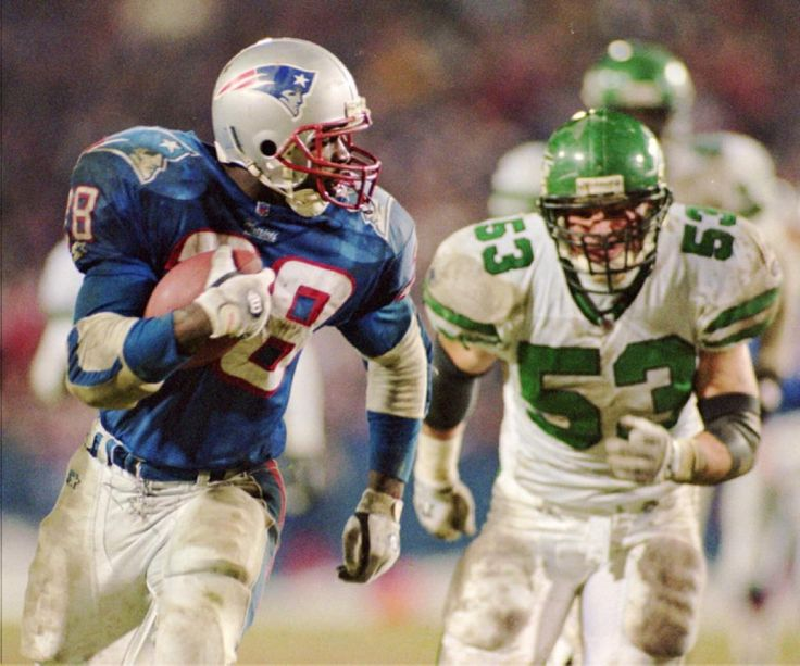 Curtis Martin bolts the Patriots after three seasons in New England ...