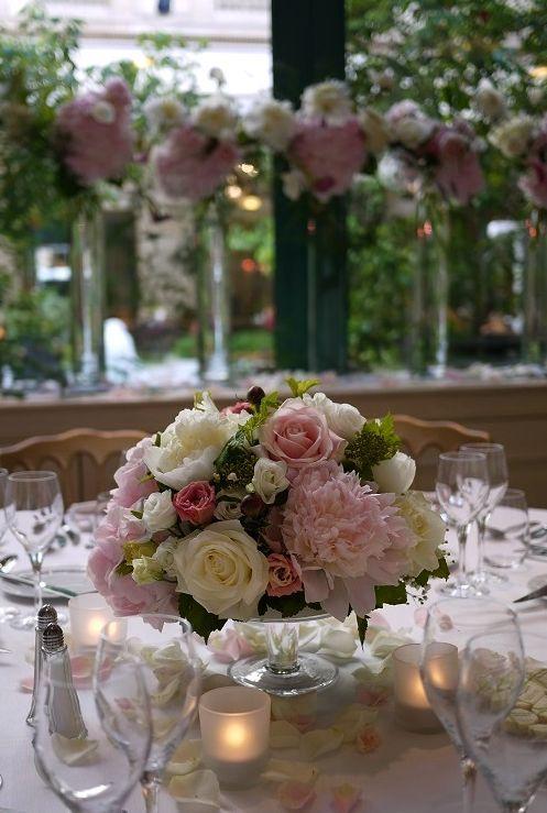 Les 25 meilleures id es de la cat gorie centres d for Decoration avec des roses