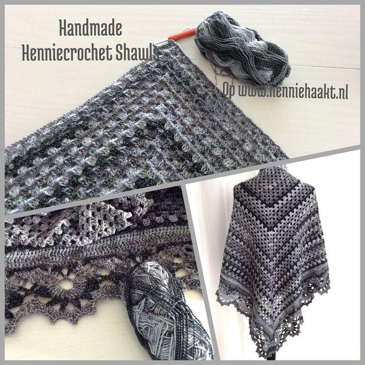 Blij om mijn nieuwste toevoeging aan mijn #etsy shop te kunnen delen: Sjaal gehaakt,Granny sjaal, grijs zwarte sjaal, gehaakt, cadeau voor haar, vintage omslagdoek, kerst cadeau, glossy sjaal, wintersjaal, stol #accessoires #sjaal #grijs #kerstmis #zwart #grannyomslagdoek #grannysjaal #verjaardag #grannygehaakt