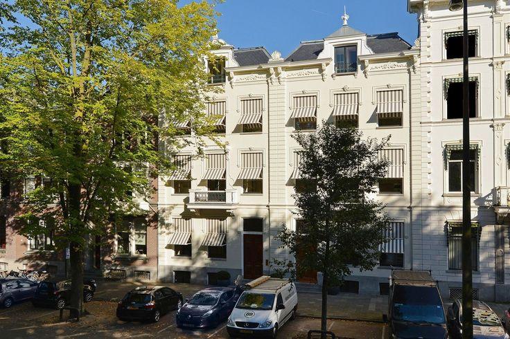 Frederiksplein 47-49 In twee statige herenhuizen van eind 19e eeuw zijn 8 luxe appartementen gerealiseerd. De panden zijn voorheen in gebruik geweest als woonhuis en later als kantoor. Het betreft een unieke herontwikkeling op een bijzondere plek mi